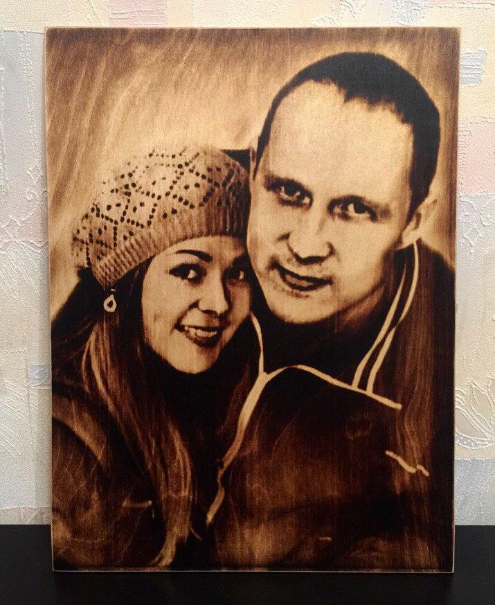 выжигание портретов по дереву на заказ в Ярославле